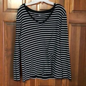 GAP XL Black and White Stripes Long Sleeve